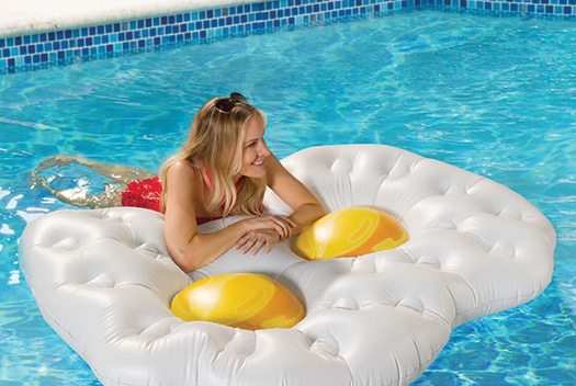27 Ridiculous Pool Floats - FunnyPoolFloats